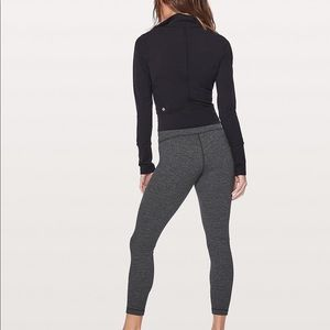 Lululemon herringbone wunder under leggings.